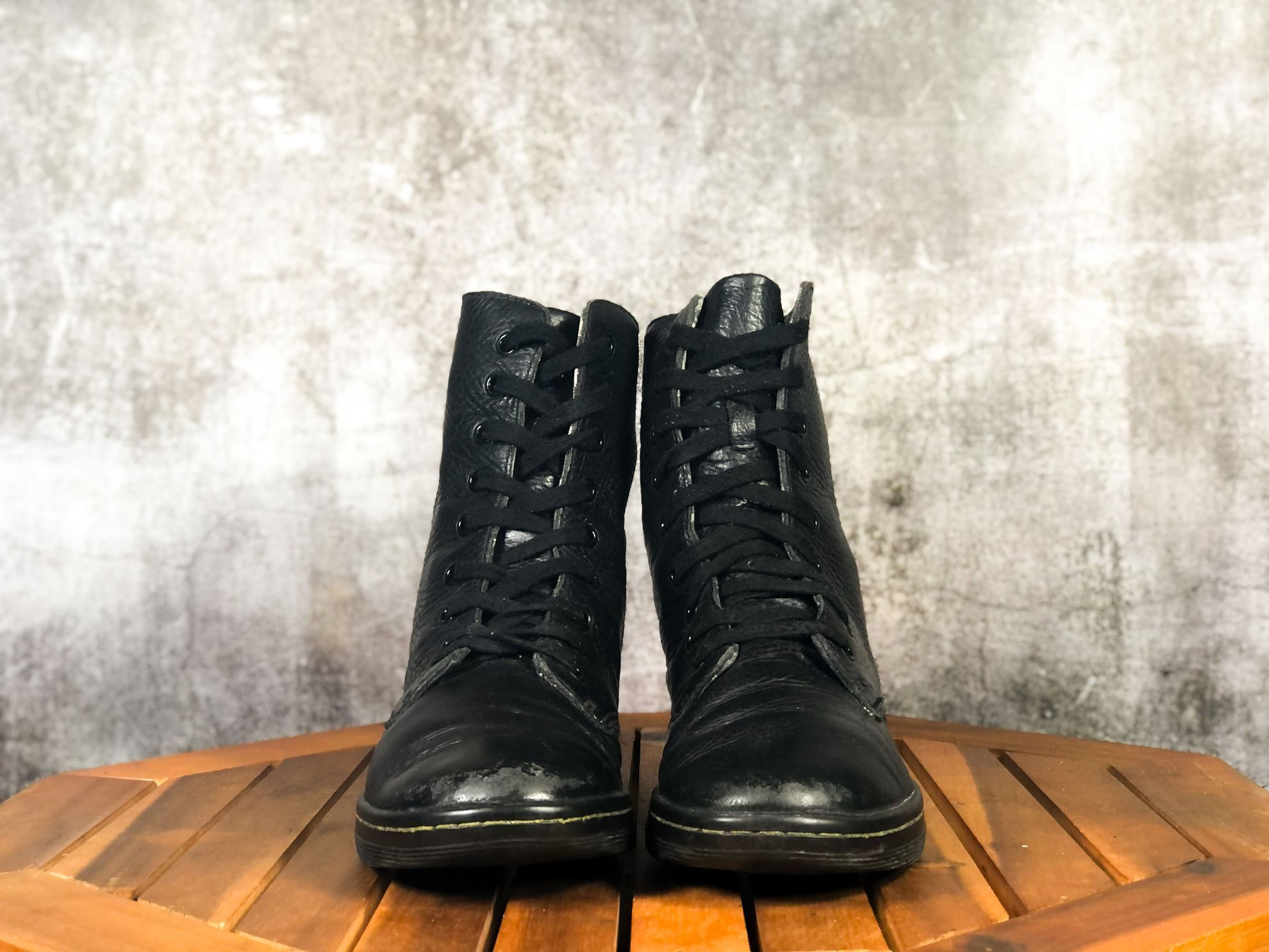 Hình ảnh của DR MARTENS 1460 SMOOTH LEATHER LACE UP BOOTS